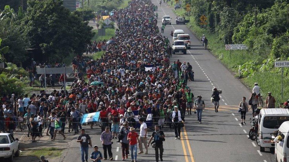 Una caravana de migrantes