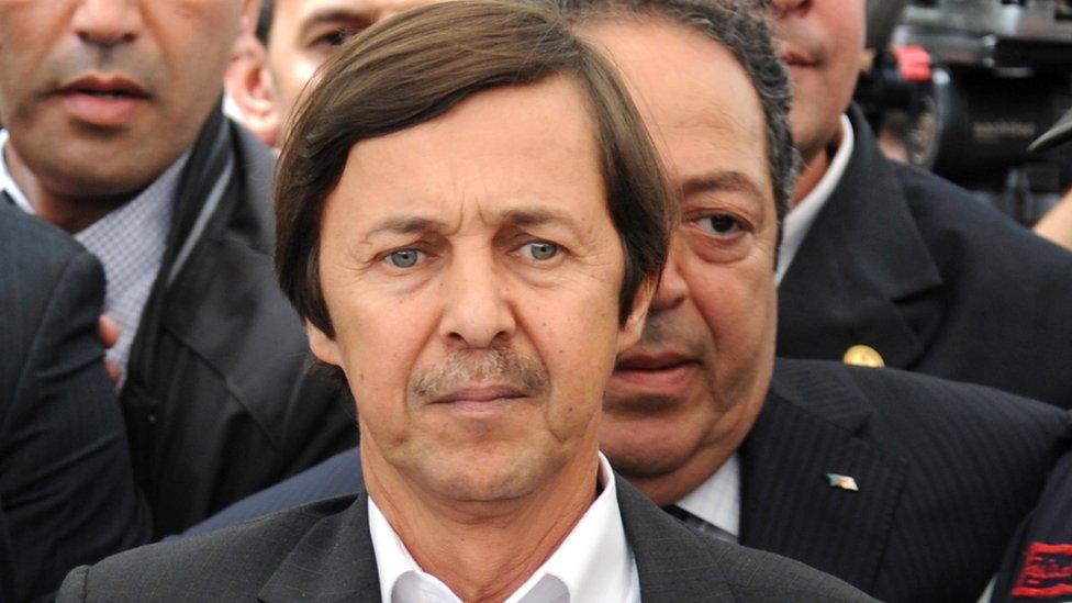 يعتقد البعض أن سعيد بوتفليقة هو من يتخذ القرارات لأخيه الرئيس