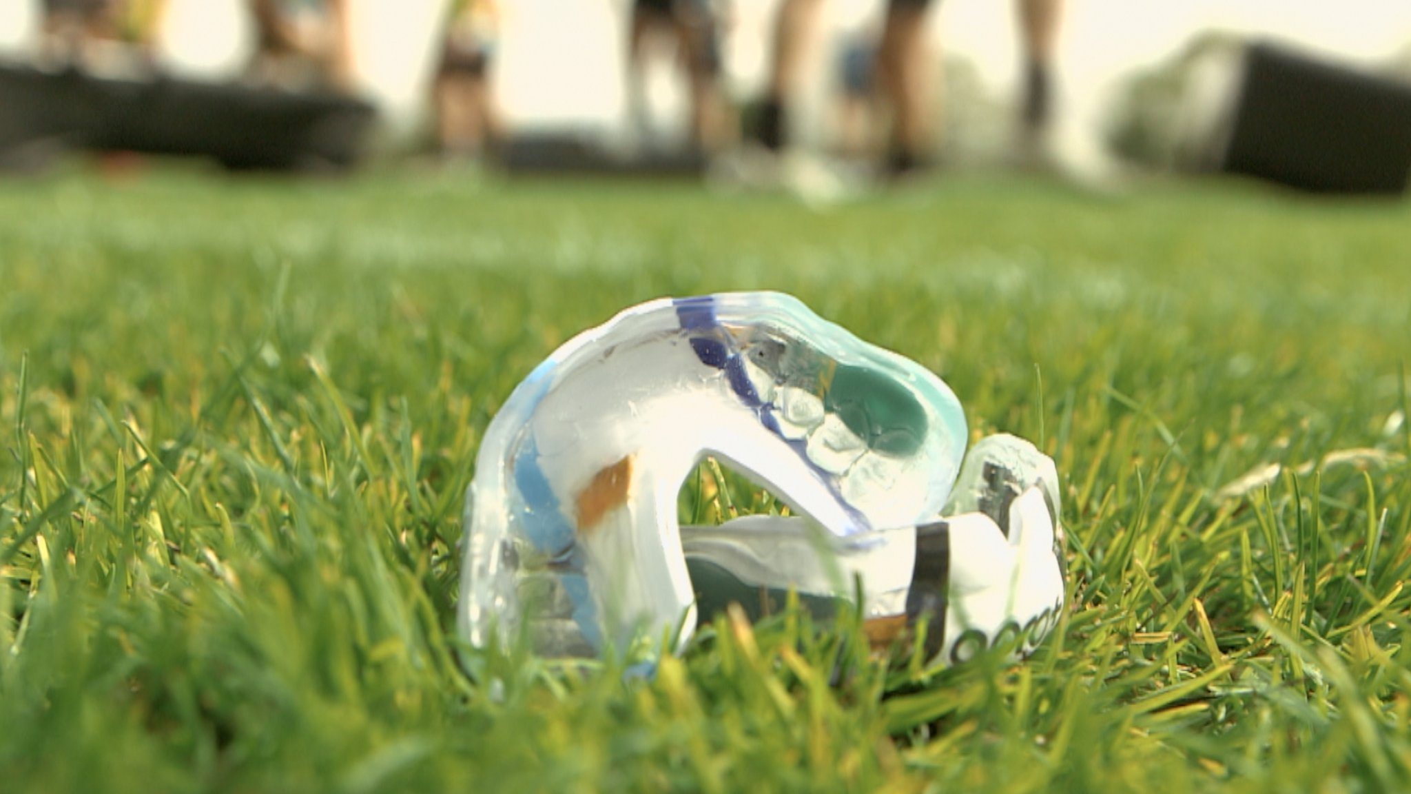 Judgement Day: Players use new gum shield intended to monitor concussion