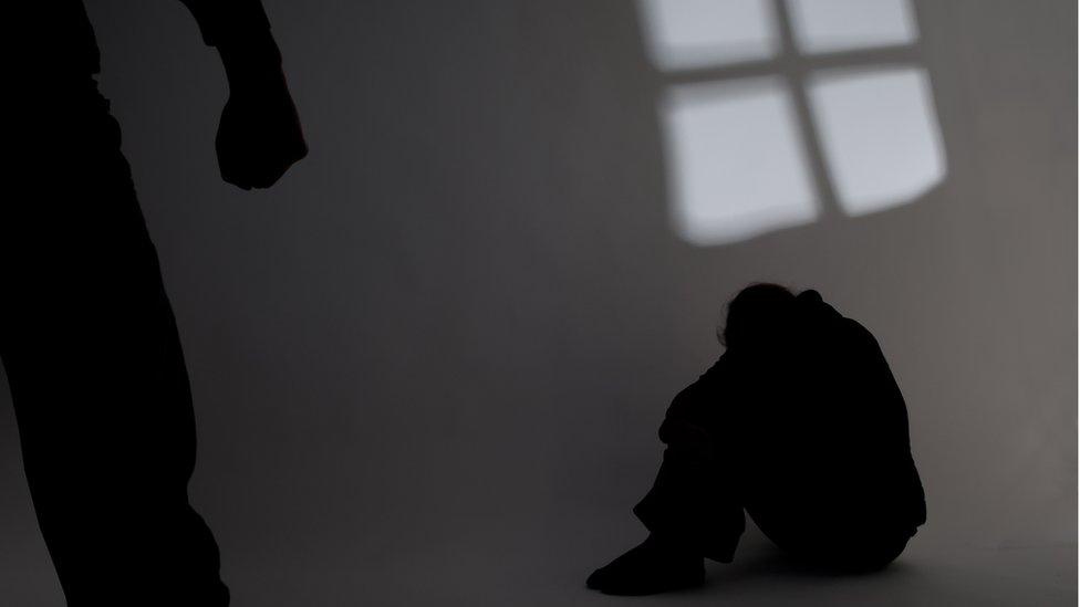 70% das vítimas são crianças e adolescentes: oito dados sobre estupro no  Brasil - BBC News Brasil