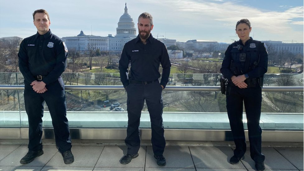 Capitol riots: Police describe a 'medieval battle' thumbnail