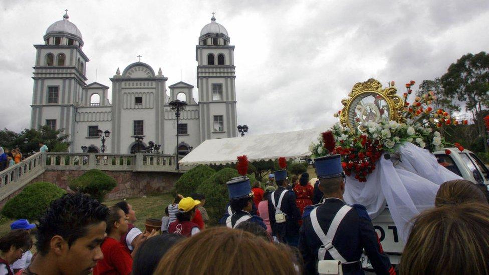 Procesión religiosa en Tegucigalpa, Honduras