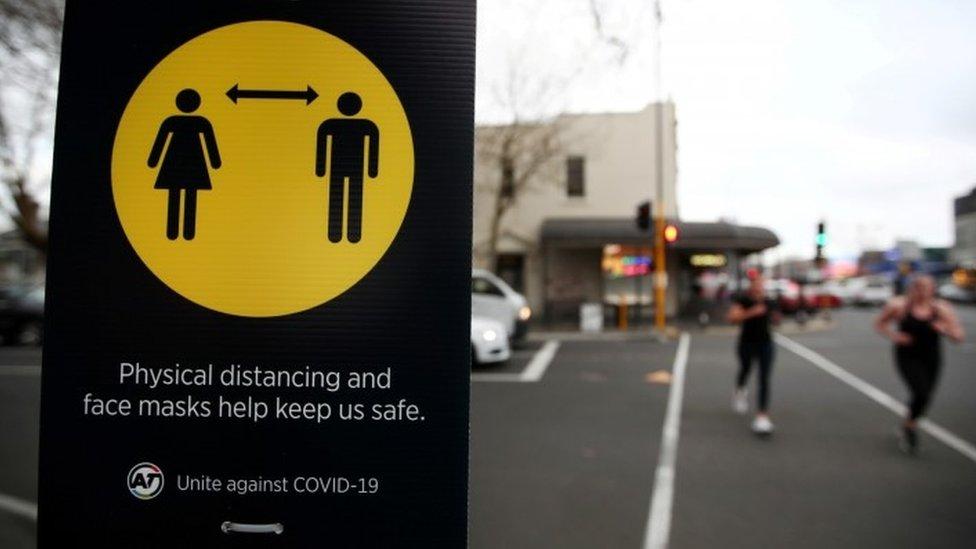 Yeni Zelanda vaka ve ölüm sayılarını düşük tutmayı başaran ülkelerden