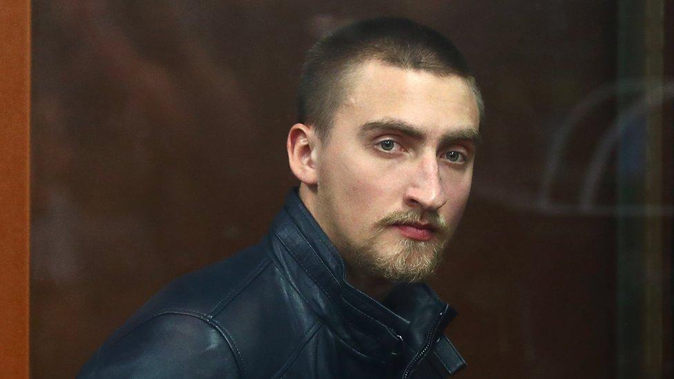 Суд решил отпустить из СИЗО Павла Устинова, осужденного за вывих плеча росгвардейца
