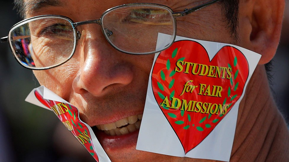 Harvard - should race count in university admissions?
