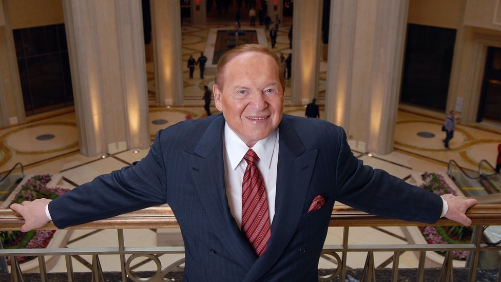 Casino mogul and political donor Sheldon Adelson dead at 87 thumbnail