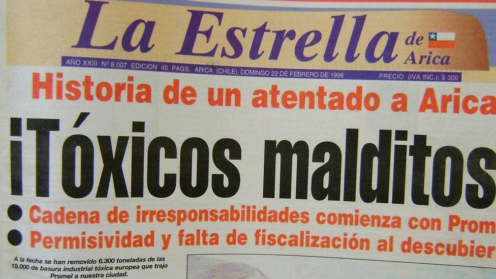 """La portada del periódico chileno """"La Estrella de Arica"""", el 22 de febrero de 1998."""