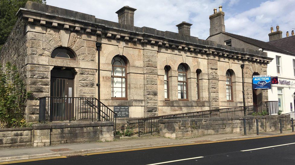 Court house may become Llangefni's first cinema in 50 years