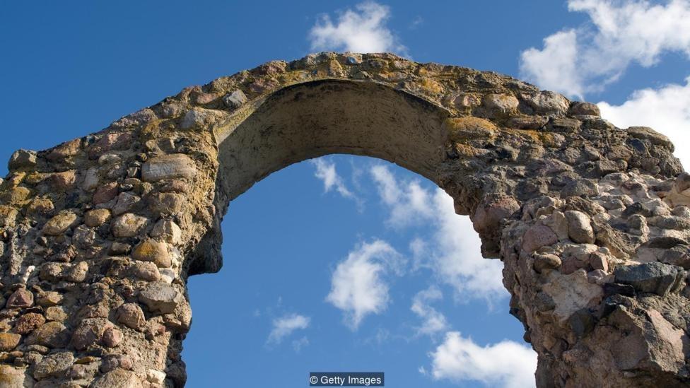 Orang Romawi menciptakan bangunan tahan lama yang terbuat dari batu vulkanik yang tidak mengeluarkan gas rumah kaca.