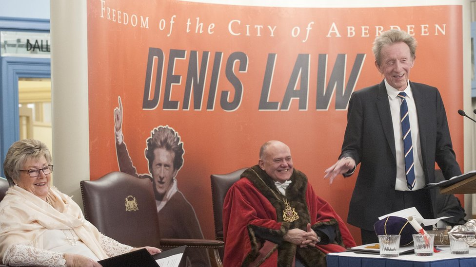 Denis Law Freedom of Aberdeen