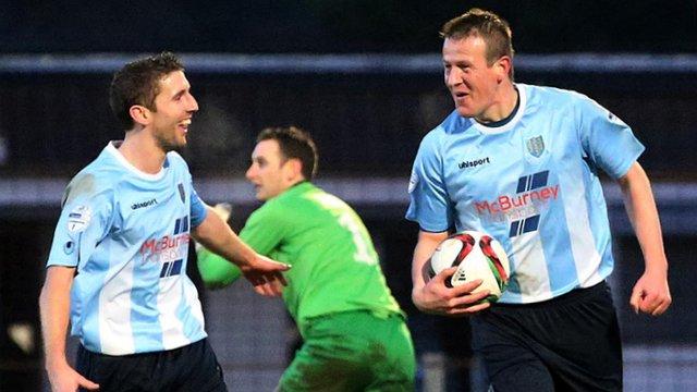 Allan Jenkins scored a hat-trick against Warrenpoint Town in the Irish Premiership