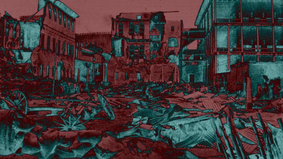 Imagen de escombros en el palacio de Zanzíbar