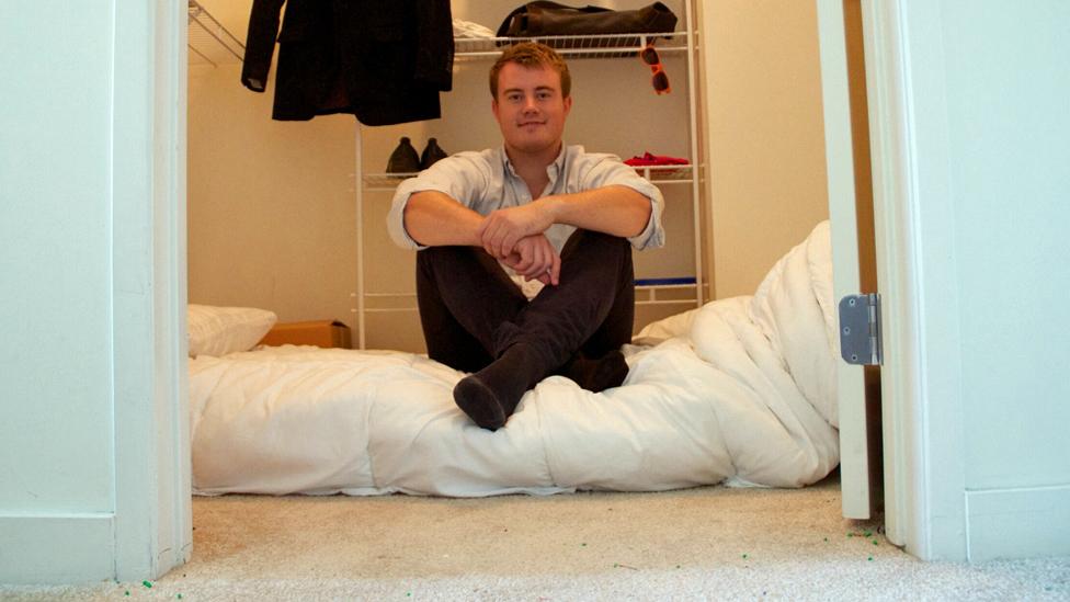 'İş hayatına atılmak ve başarılı olmak için 3 ay boyunca gardıropta uyudum'