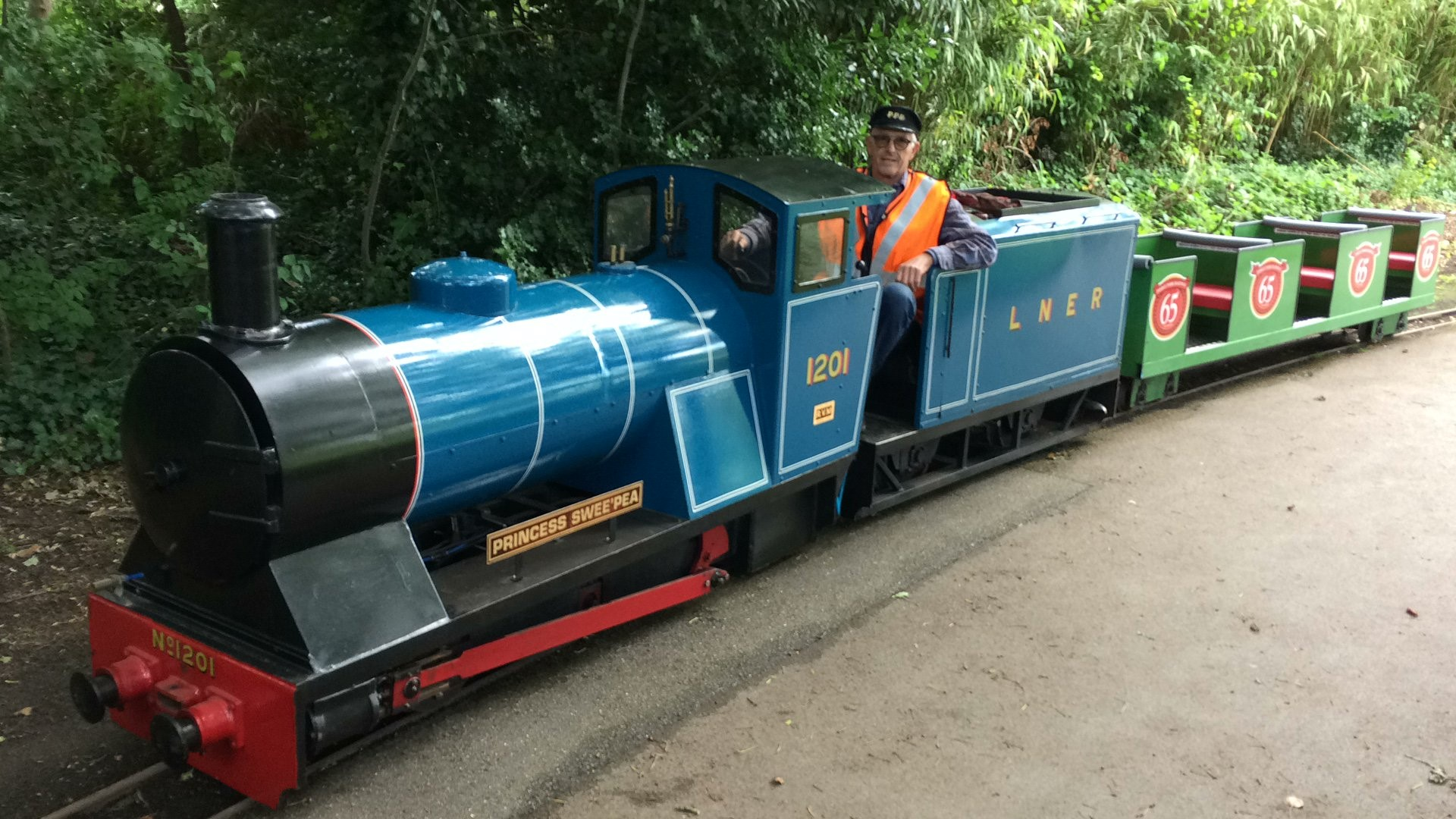 Poole Park mini railway future 'in doubt'