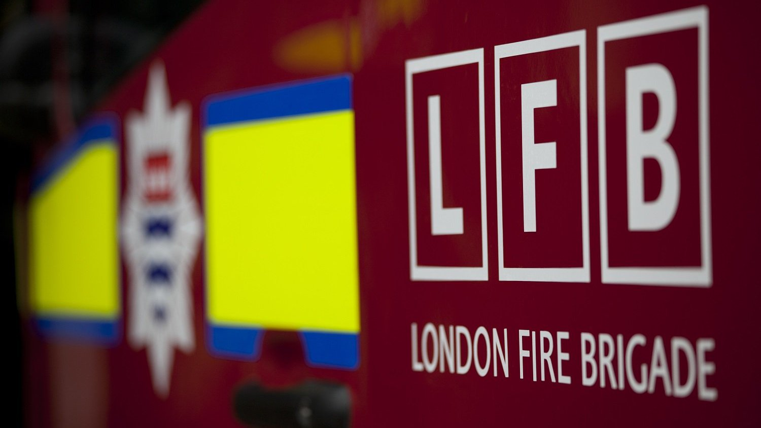 Body found after fire at Ladbroke Grove flats