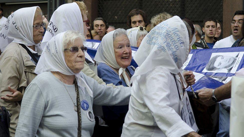 Manifestación de las Abuelas de la Plaza de Mayo