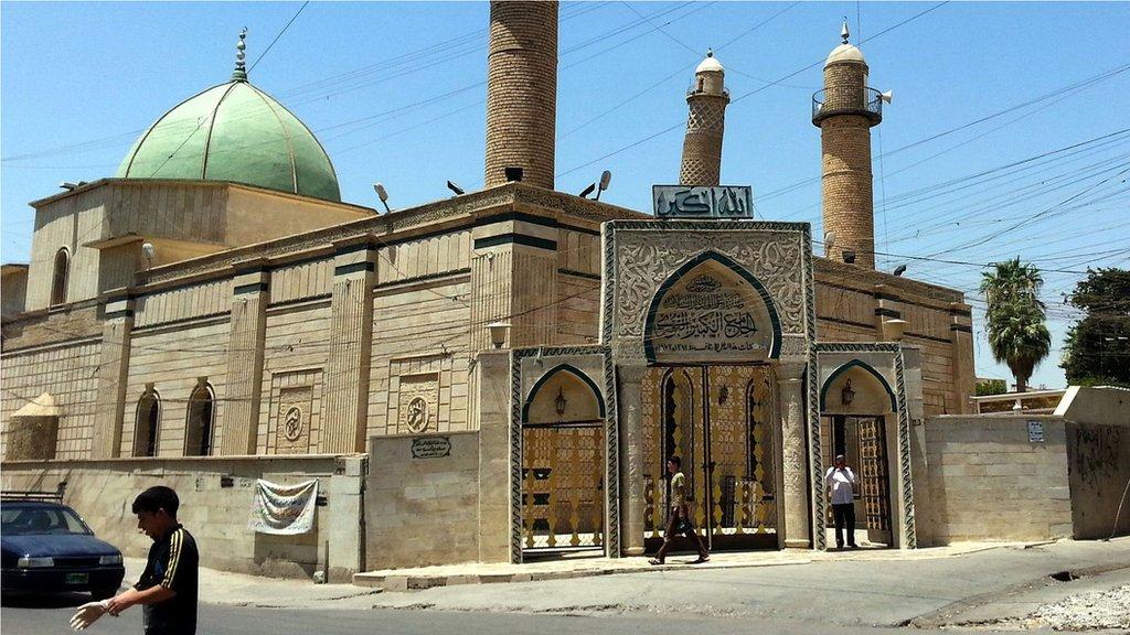 在2017年被炸毀之前的努爾大清真寺代表著摩蘇爾豐富多彩的歷史和文化。