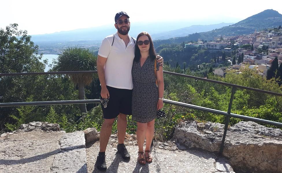 El ingeniero español Rafael Ruiz Muñoz y su novia Marta
