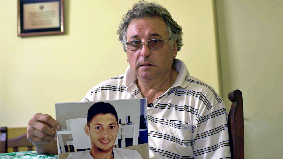 Emiliano Sala's father dies three months after son is killed