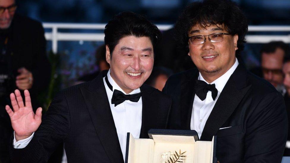 Bong Joon-ho con Song Kang-ho