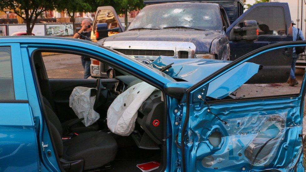 Auto chocado en Culiacán, Sinaloa