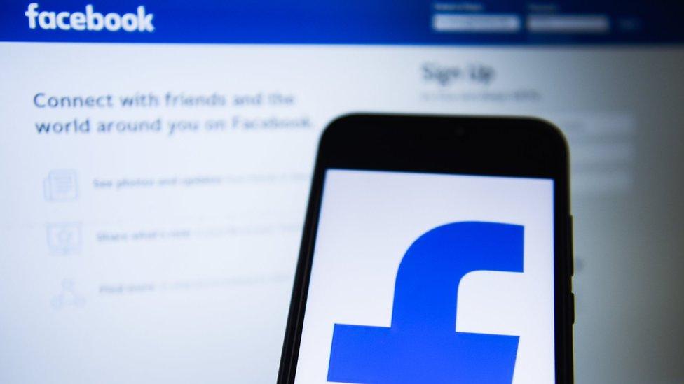 أوضح الاستطلاع أن كثير من الشباب العربي يثق في المعلومات التي يتلقاها عبر مواقع التواصل الاجتماعي