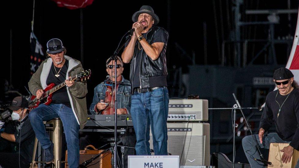 Kid Rock performing in September 2020