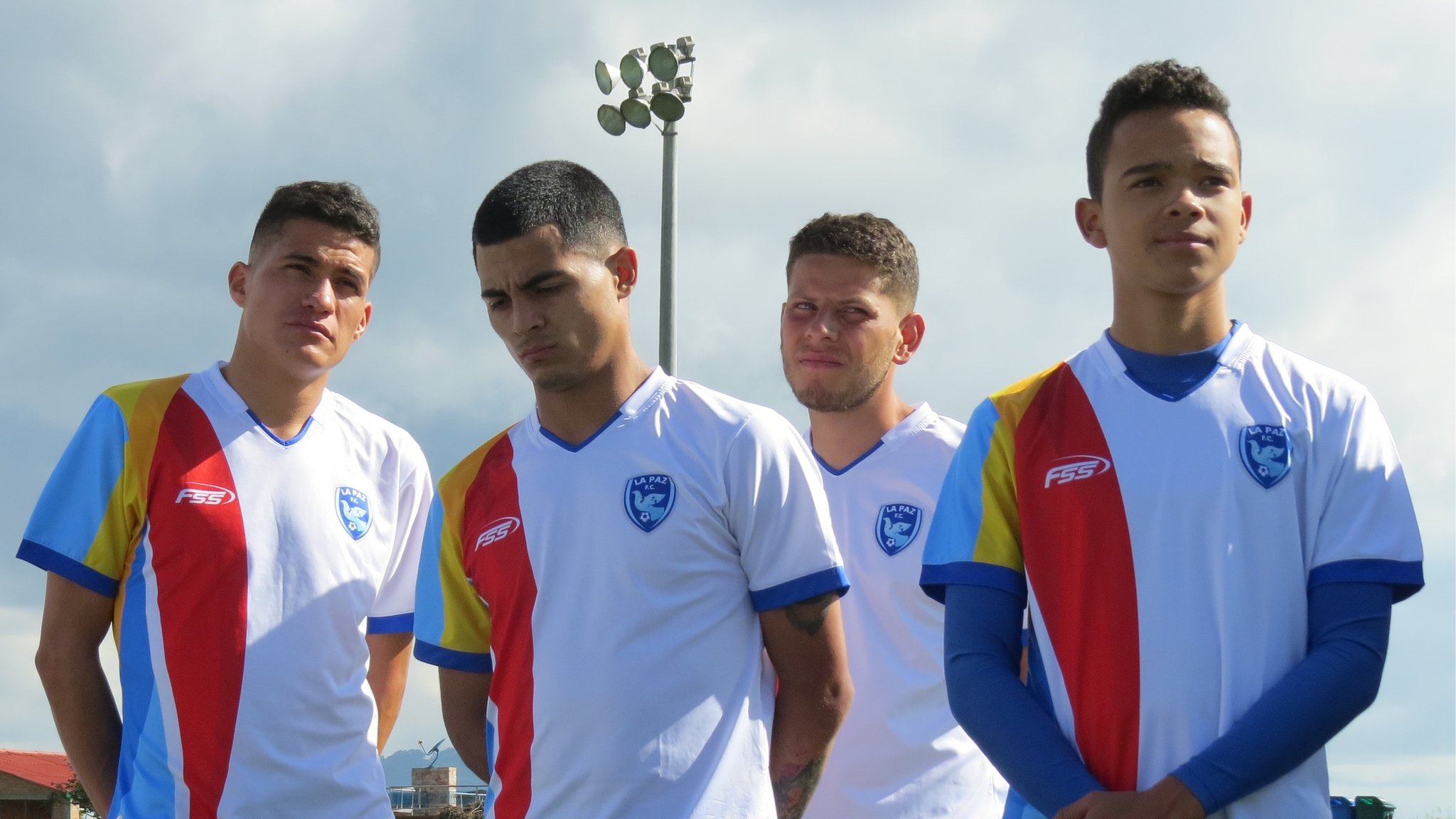 Colombia conflict: Swapping the battlefield for the football pitch