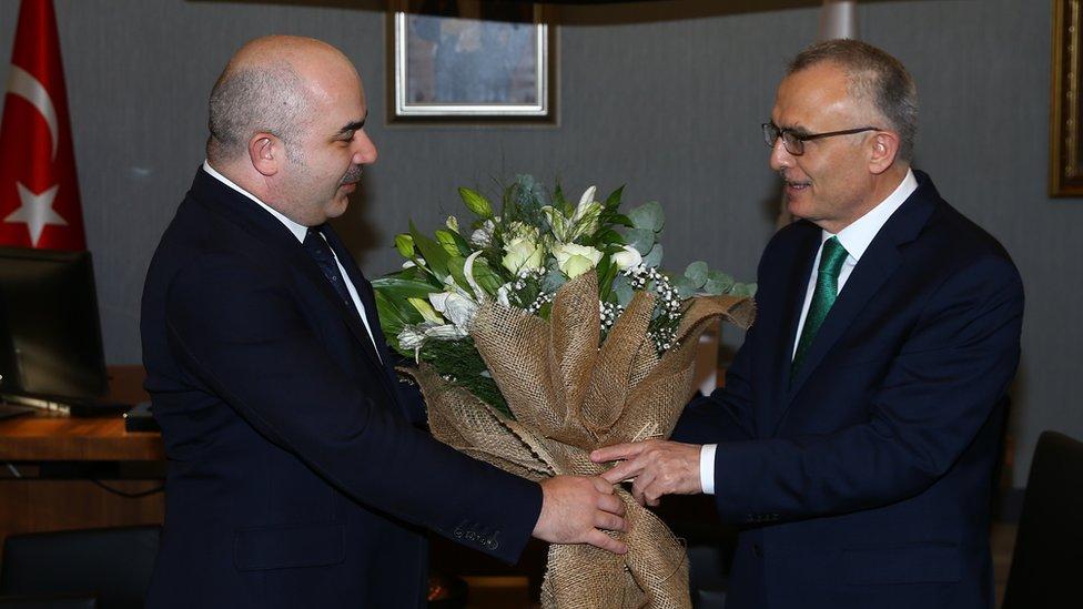 Naci Ağbal, Merkez Bankası Başkanlığı görevini Murat Uysal'dan devraldı.