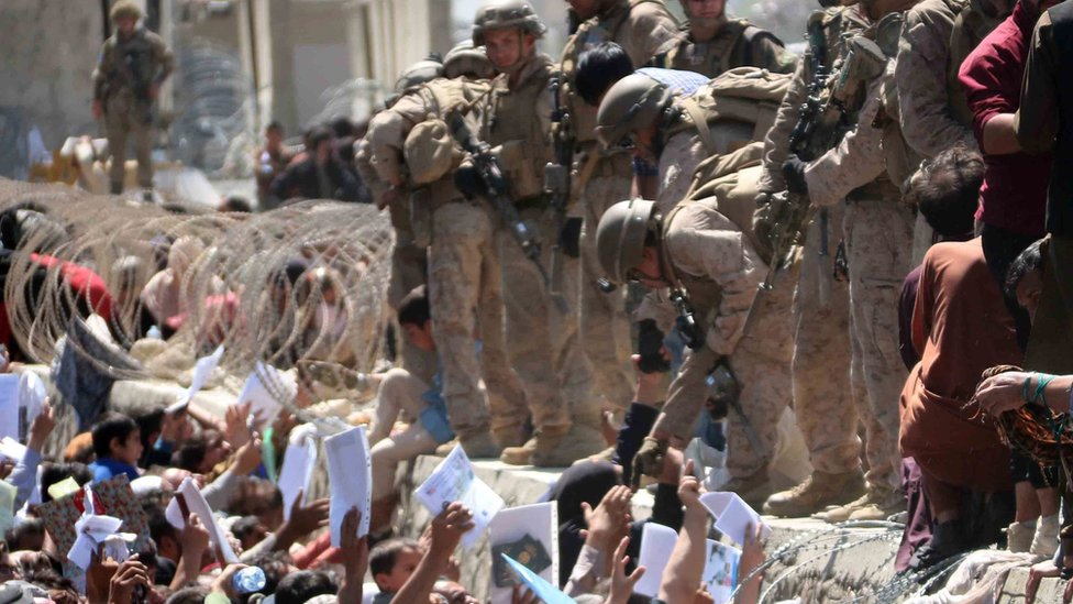 جنود أمريكيون في مطار كابل