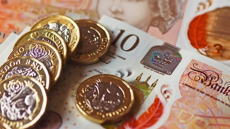 Pound remains close to post-Brexit high