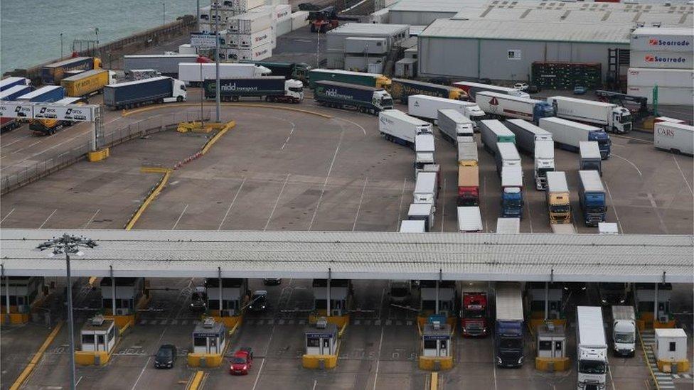 Brexit: Government scrapes through Customs Bill votes