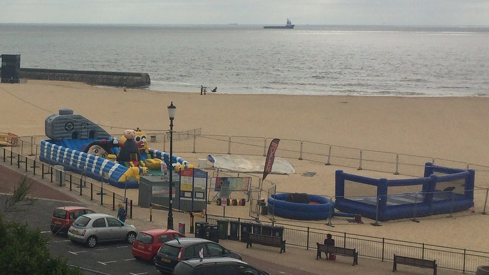 Beach play equipment