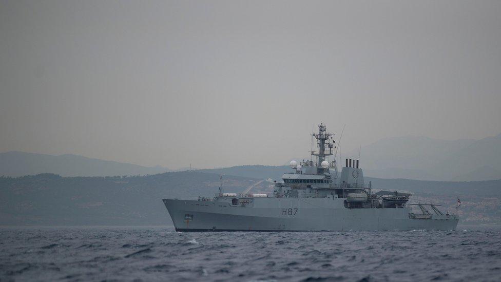 البحرية البريطانية تشارك في حماية الملاحة في الخليج