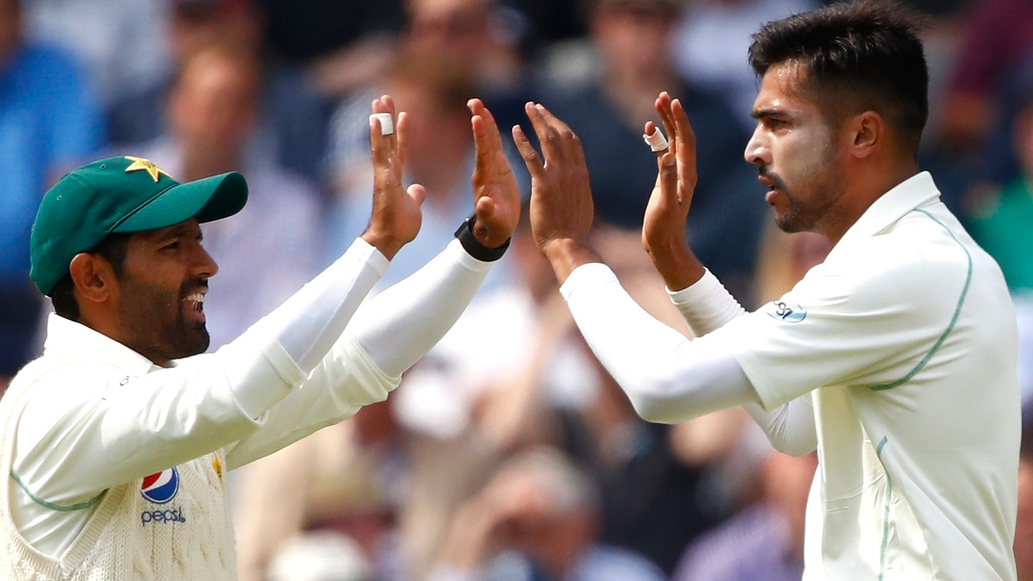 England v Pakistan: Tourists told not to wear smart watches by anti-corruption officials