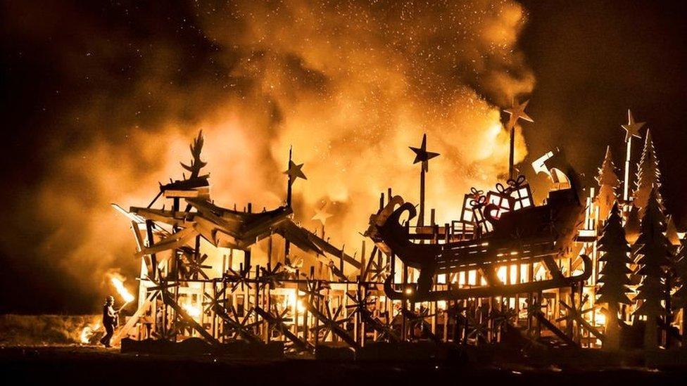 Skinningrove Bonfire in 2018
