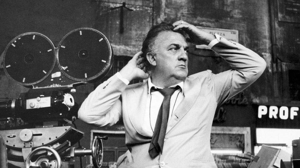 Пропавшая грудь табачницы и большой приз со скандалом: как фильмы Феллини показывали в СССР
