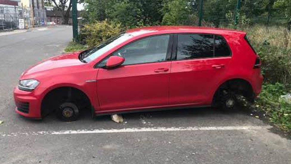 Craigavon: Nurse's wheels stolen while she cared for patients