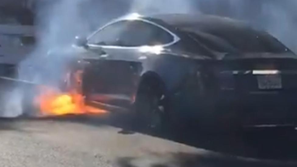 Incendio en la planta de California.