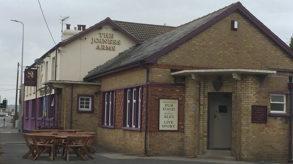 Exterior view of The Joiners Arms