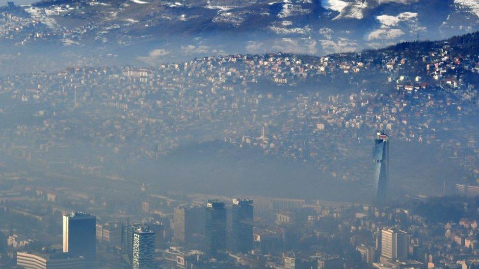 Contaminación en Sarajevo.
