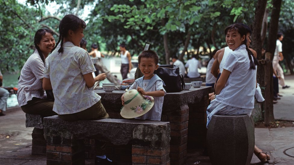 una familia en 1978 en el sur de China.