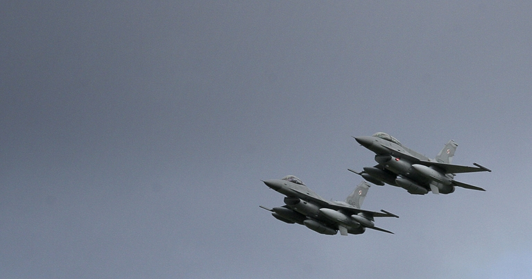 El F-16 es uno de los cazas más efectivos y confiables.