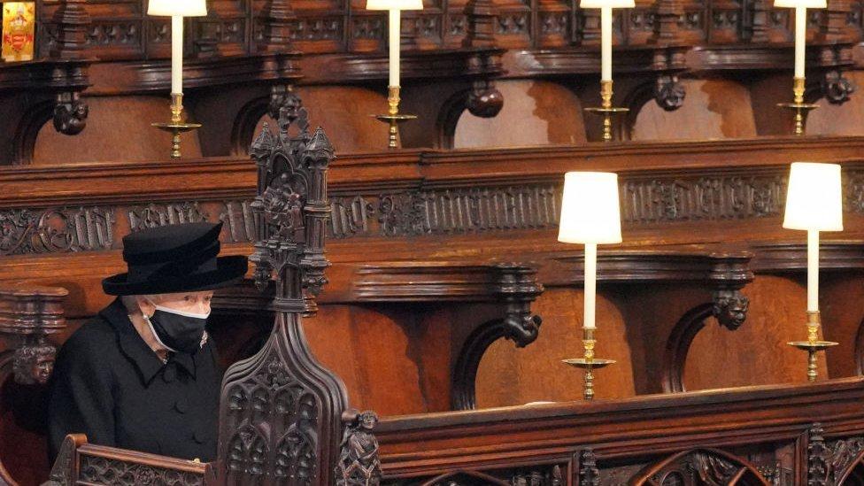 Funeral del príncipe Felipe: las imágenes de la despedida del esposo de la  reina Isabel II - BBC News Mundo