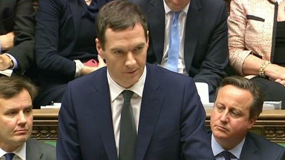 George Osborne yn cyflwyno ei adolygiad ddydd Mercher