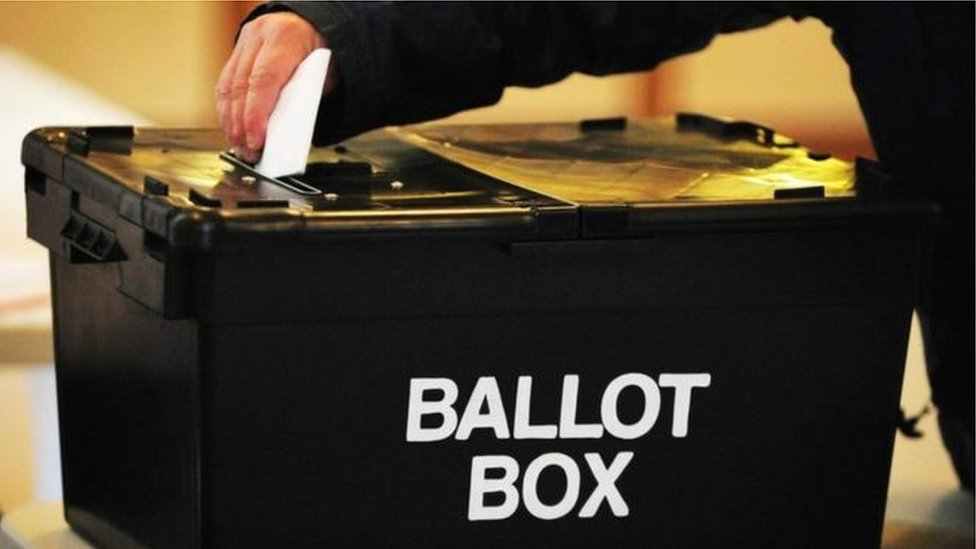Registering to vote: About 70% of NI applications made online