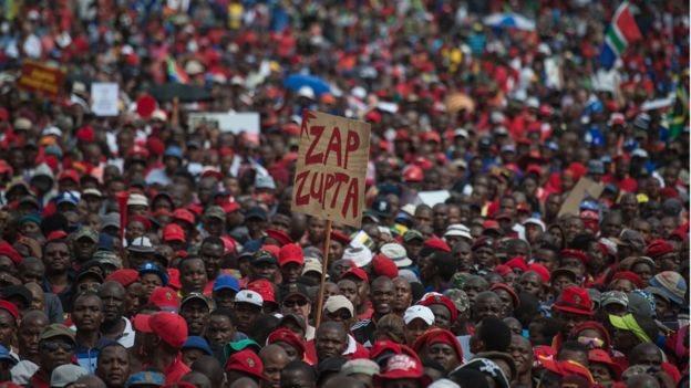 Unjuk rasa besar-besaran yang menggulingkan Jacob Zuma.