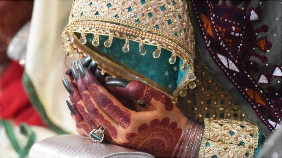देह व्यापार के लिए पाकिस्तानी लड़कियों से शादी पर चीन ने चेताया था