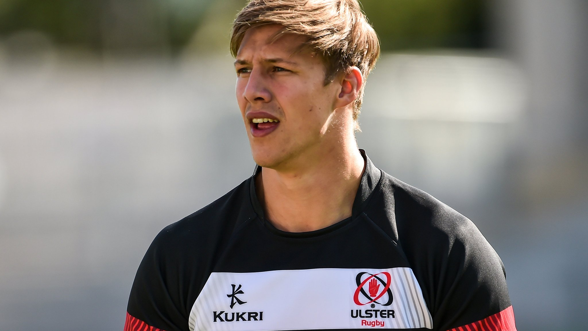 Caleb Montgomery: Worcester Warriors sign Ulster back row