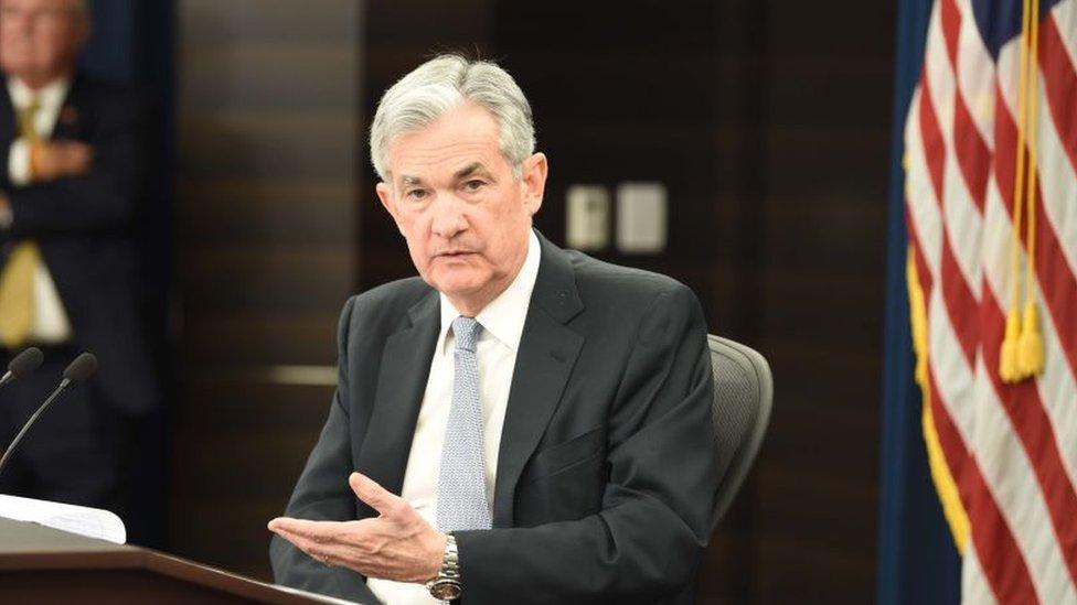 Jerome Powell propuso las modificaciones a la regla.